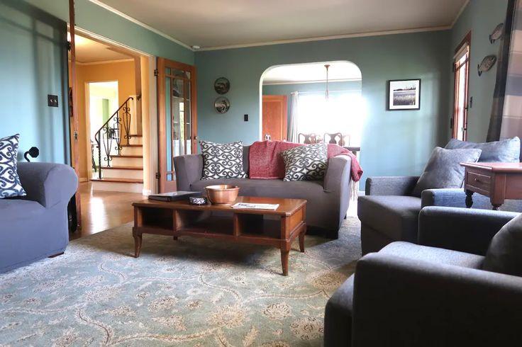 Twilight Swan House Casas Para Alugar Em St Helens Oregon Estados Unidos Casas Para Alugar House Home