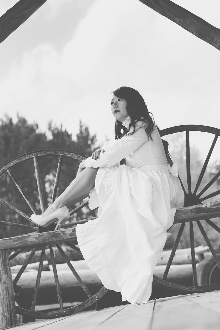 Weddings and Wagon Wheels at La Grange Rouge