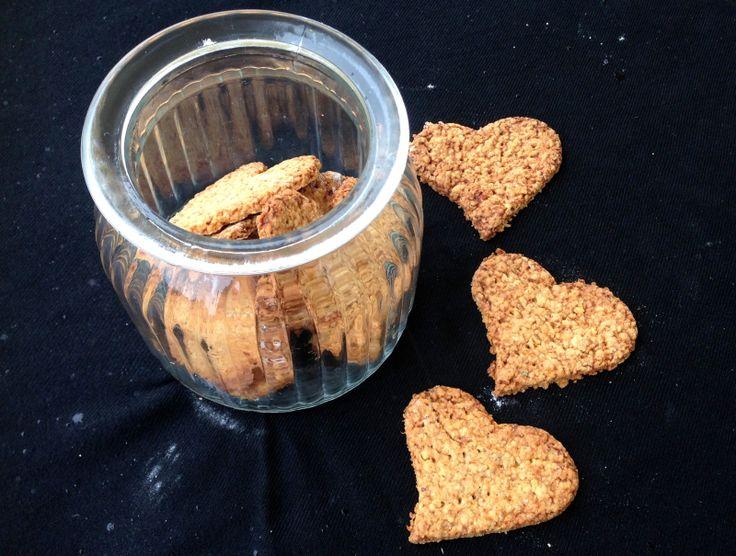 Havrekjeks uten sukker  Korrigerte på oppskriften: brukte 1dl mel og 1egg