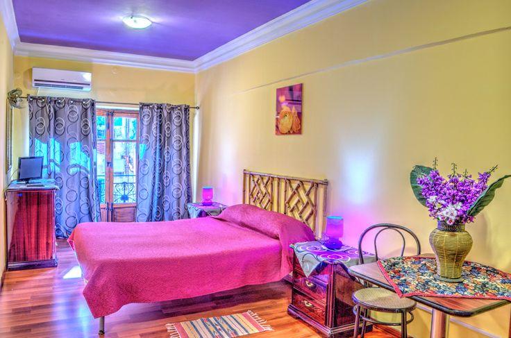 Hostel Agata - Via Roma, 188, Palermo. Camera doppia con bagno esterno privato