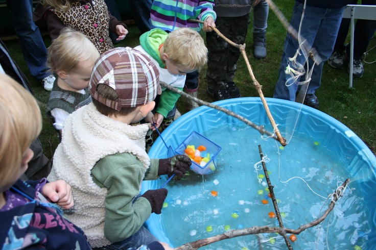 Best 25 fishing party games ideas on pinterest fishing for Ice fishing games free