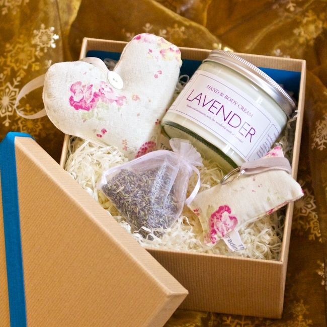 Lavender Heart, Hand Cream and Key Ring Gift Set