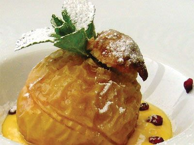 Baked apple with crumble topping : Bingley Rural Magazine