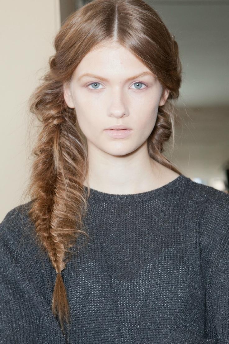 ТРЕНДЫ: Небрежная коса