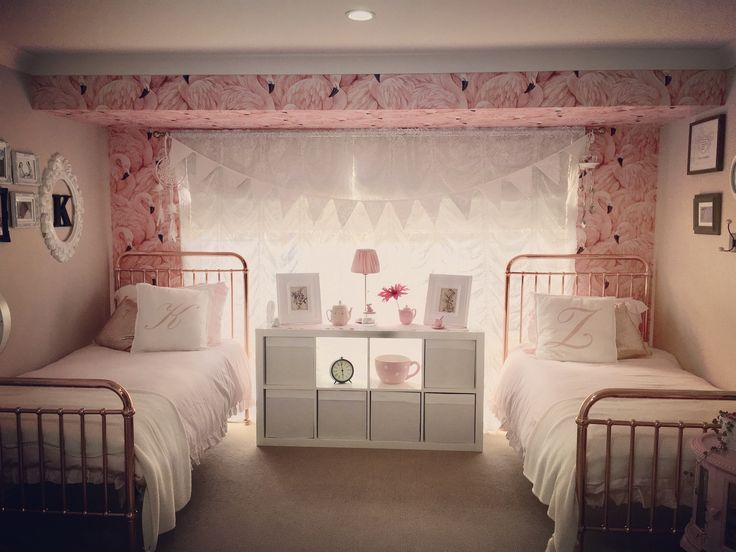 Incy Interiors Eden Rose Gold Beds Flamingo Wallpaper