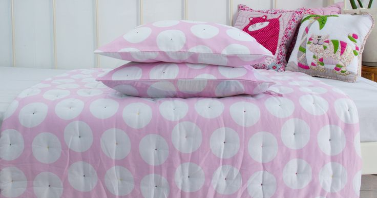 Pink dot #quilt - available in our shops