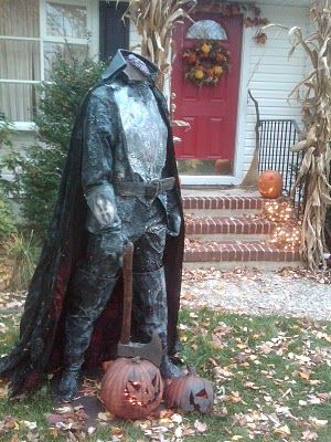 The Legend of Sleepy Hollow Yard Haunting and Decorations... OH. YES. This.. THIS is how it's done.
