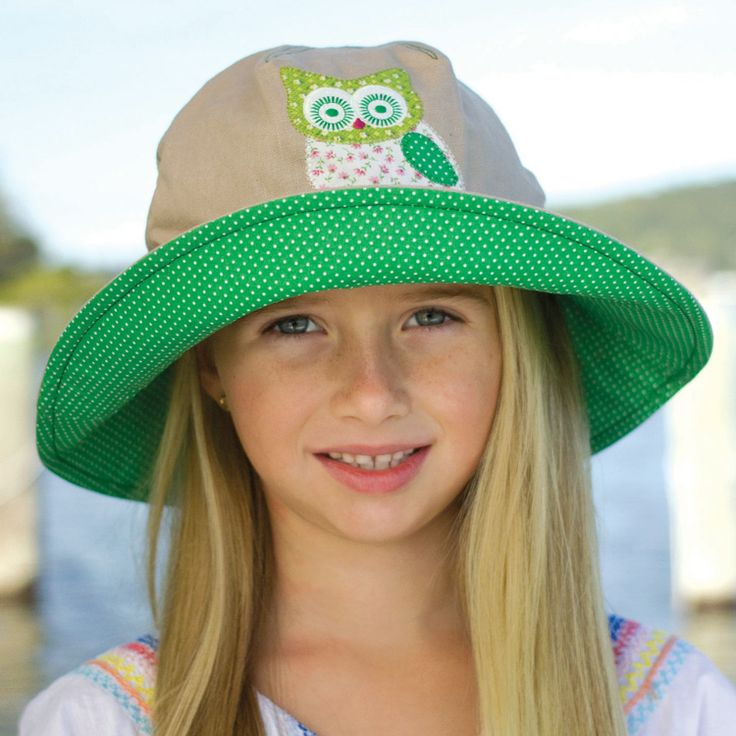 Girls applique bucket hat made from linen with soft applique motif. Colours: Owl/green polka dot & hearts/lilac polka dots. Sizes: 52cm or 55cm to fit 2-8 years approximately.  RRP: $34.00  Shop: https://rigon-headwear.myshopify.com/collections/kids/products/b80-applique-bucket-hat