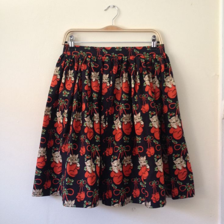 A one of a kind 'High Tea' skirt I made using vintage repro Christmas themed kittens in mittens fabric.