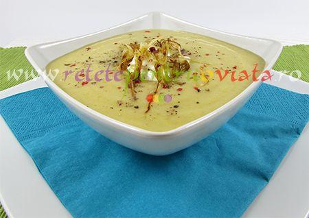Reteta de supa-crema de cartofi cu praz. Supa-crema de cartofi cu praz este o supa economica, foarte gustoasa, usor de preparat.