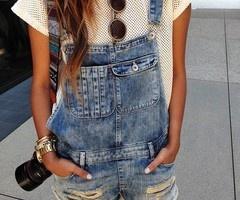 (1) Le Fashion Provocateur by Amanda Alves