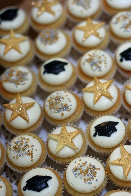 Graduation Mini Cupcakes | Flickr - Photo Sharing!