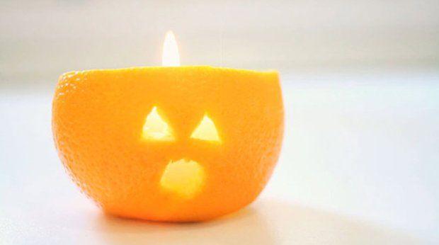 Świecznik ze skórki pomarańczy