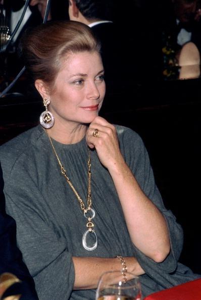 GRACIEBIRD: Princess Grace of Monaco at Maxim´s of Paris in...