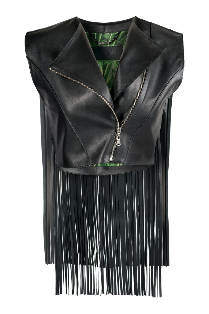 BLACK INDIE VEST  This fringed waistcoat is utterly timeless thanks to its unique versatile design. BLACK INDIE Waistcoat is a must-have if you are looking for a latest fashion look. #Conceptoline