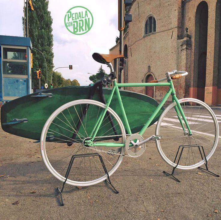 Waiting for The Summer.  #brn #bernardi #bici #bicicleta #bikes #bikeporn #fixedgear #fixieporn #cyclelove #cyclegram #singlespeed #seaside #summer #romagna