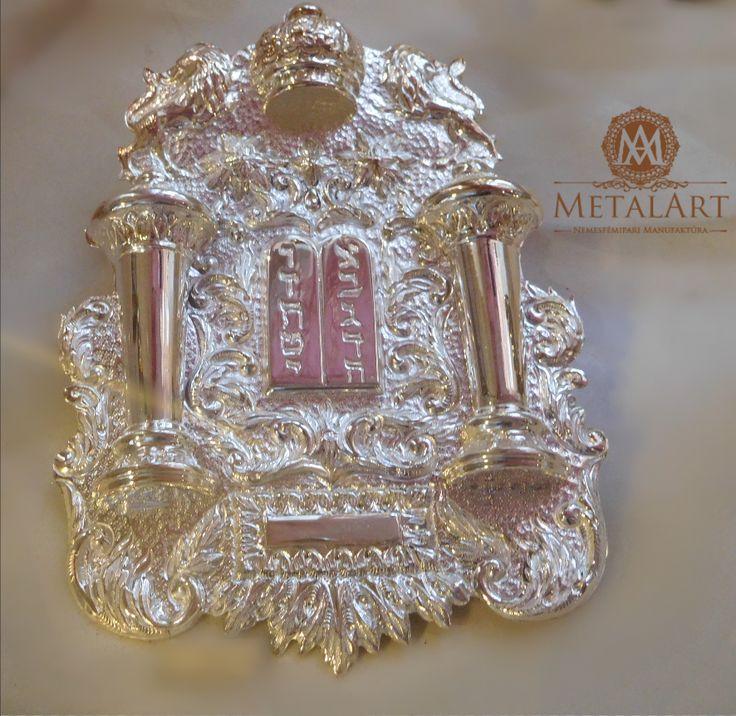 Judaica Torah Breastplate #jewish #judaic #shop   contact us at: metalart@metalart.hu