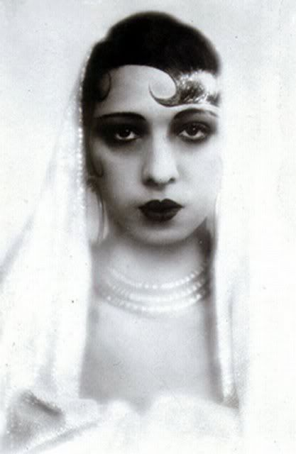Josephine Baker: Sultry Josephine, Josephine Baker, Google Search, Africans American Freckles, Vintage Flappers, Vintage Beautiful, 1920S, Baker 1920 S, Beautiful Language