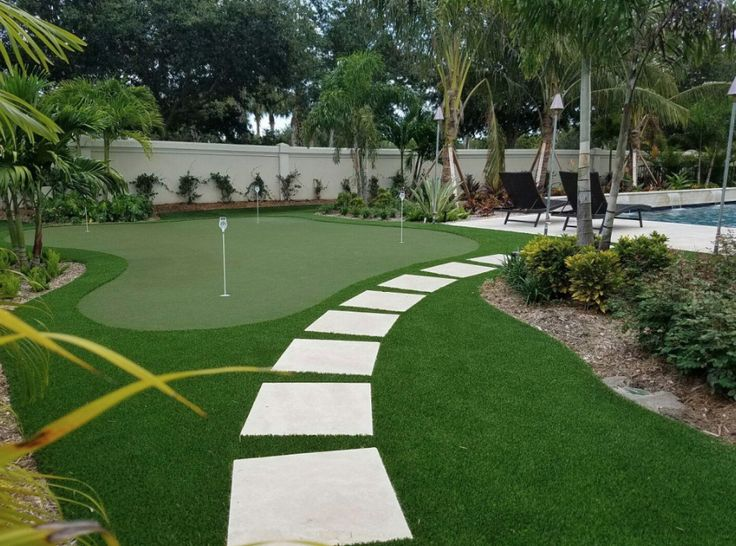 Golf Green and Lawn in Southern Florida!