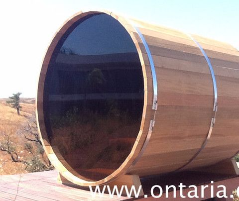Barrel Sauna Option: Full Back-Wall-Window If your property is secluded and your view nice, this tempered Acrylic Full-View Back-Wall-Window Option is what you might want to consider.
