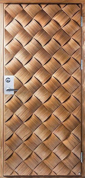 Flätad ytterdörr :D Fult dörrhandtag dock :(