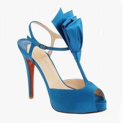 christian louboutin bow bow t-strap sandals
