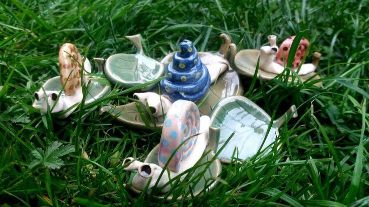 Csigák és levelek / Snails and leaves  www.mesekeramia.hu  #mesekerámia #kertidísz #csigák #snail #fairygarden