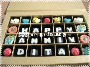 Kado Anniversary Untuk Pacar Cewek Coklat Praline Jogja   Toko Coklat Kita