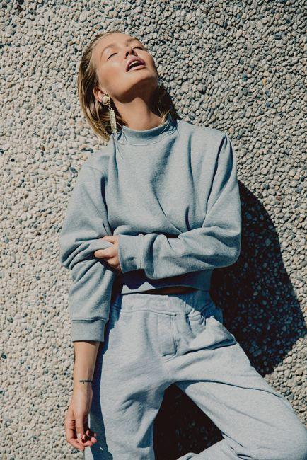 sooo comfortable! Oyster Fashion: Lara Bingle x Byron Spencer