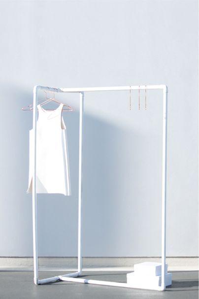 D I Y / Multiple-Way Clothing Rack