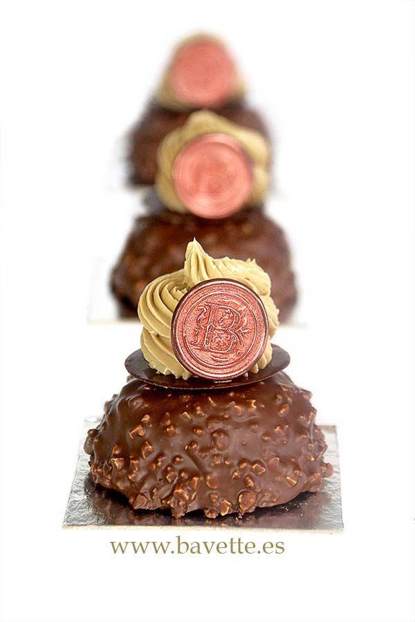 Financiers de chocolate crocante con ganache al café