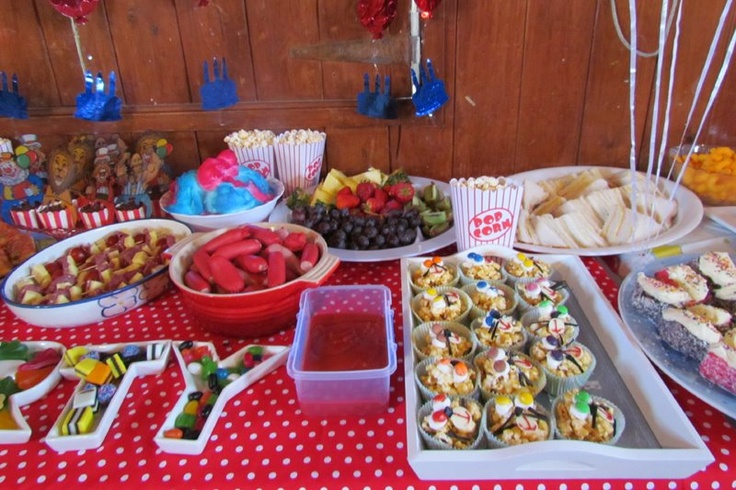 Carnival Food - http://pennysparties.blogspot.co.nz/2012/05/22nd-august-2011-austins-carnival-party.html