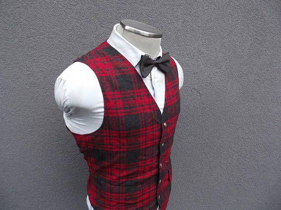 1960s Vintage PENDLETON Tartan Plaid Wool Vest / 60s Vintage Plaid Waistcoat Size 40 Medium / Mens Plaid Vest / Red Tartan Vest /Made in USA
