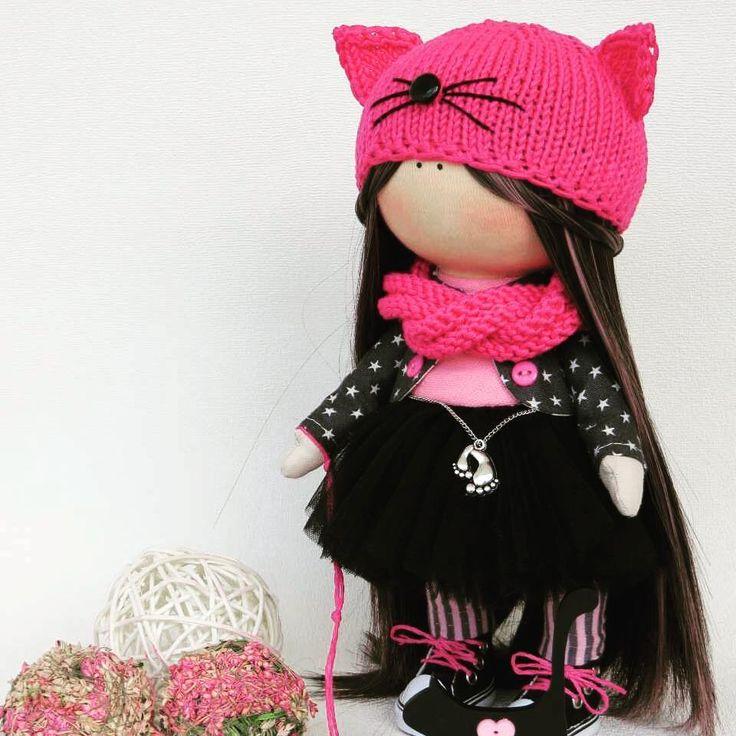 """175 Me gusta, 4 comentarios - @pretty_dolls_ru en Instagram: """"Куколка ручной работы Маргоша ^) Рост 26 см, стоит самостоятельно, волосы мелированные, можно…"""""""