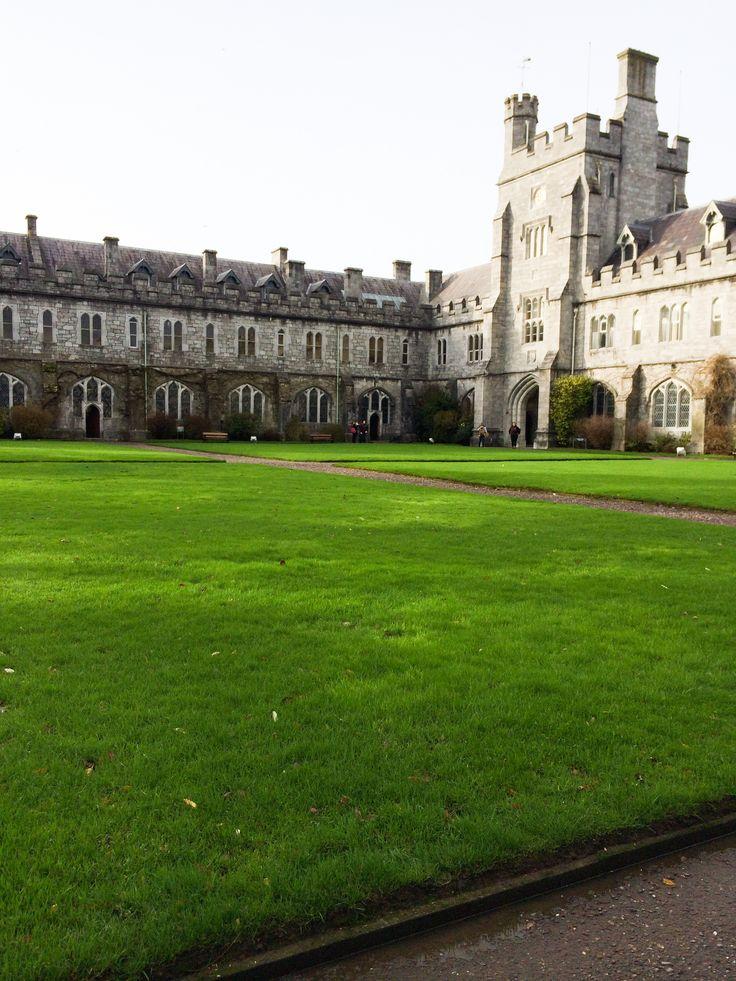 The Quad at University College Cork, Cork, Co. Cork Ireland www.kellyscleaneats.com #Ireland #travel #lifestyleblog