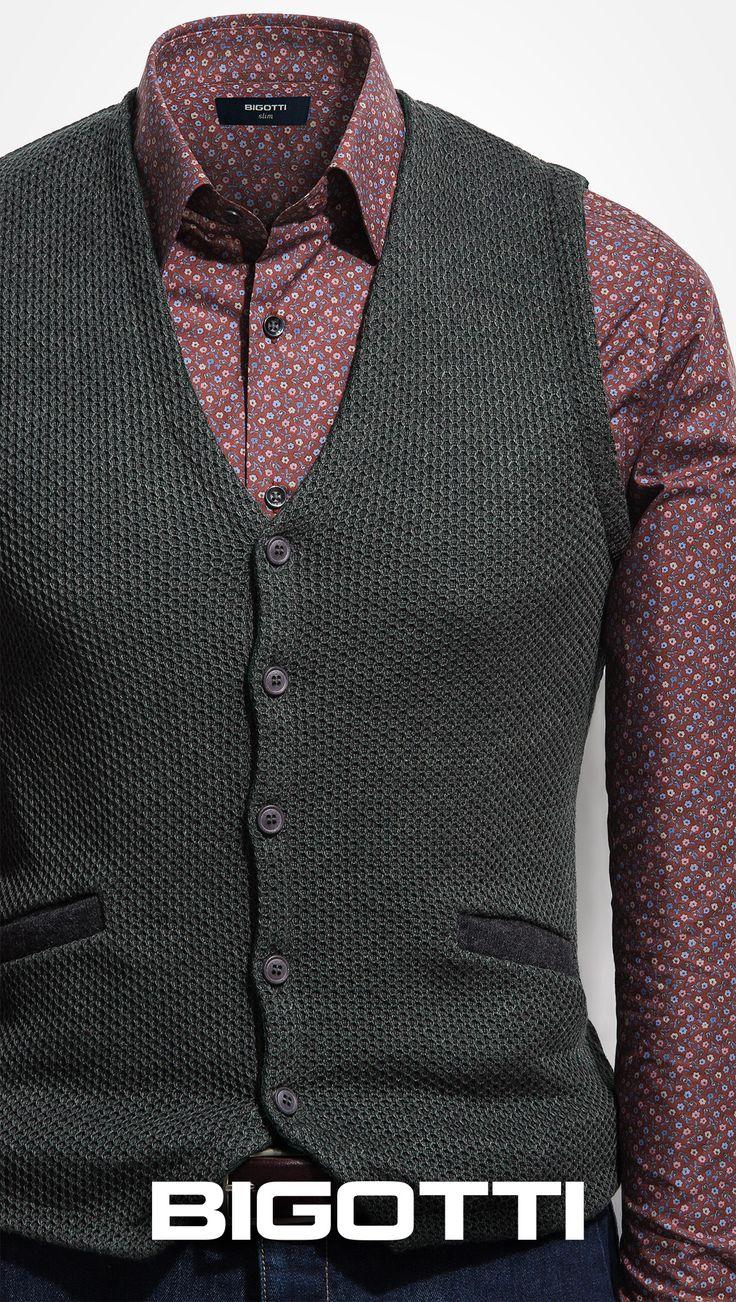 The #Knitted #waistcoat for a #smart & #comfortable #outfit  www.bigotti.ro #Bigottiromania #followus #follow #mensfashion #mensstyle #casual #inspiration #fall