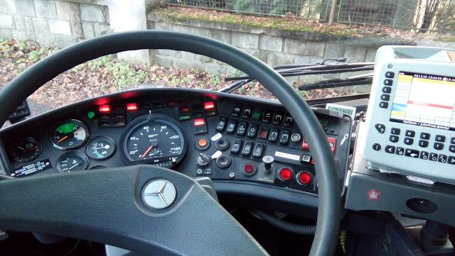 Sporo osób ostatnio pyta mnie jak nowa praca. Z przyjemnością odpowiadam na każde zapytanie ale gdyby wam było mało to w blogu możecie przeczytać o moich pierwszych wrażeniach, przy okazji zwiedzając Vsetin. http://toninapisal.blogspot.com/2015/12/pierwsze-wrazenia-z-jazdy-autobusem.html