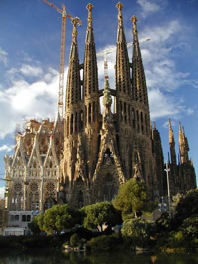 Sagrada Familia - A true masterpiece of Barcelona's architecture