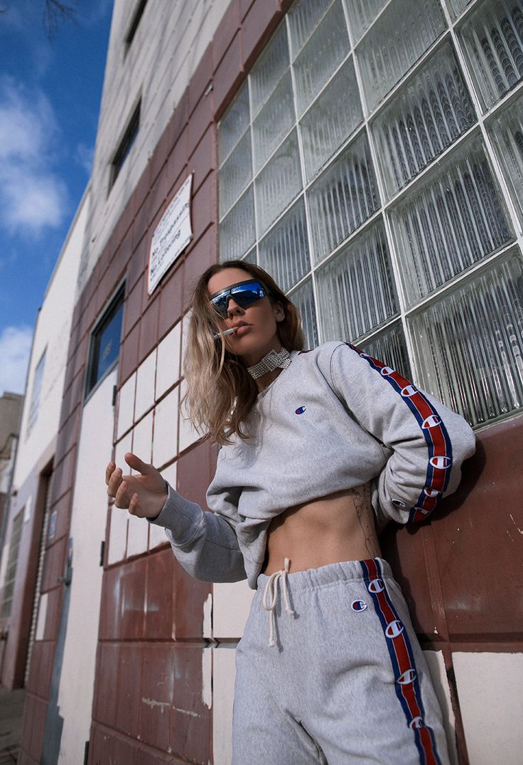 Native Fox - Jennifer Grace : Vice - Photo 1: Bernhard Willhelm, Champion, Mykita, Vetements