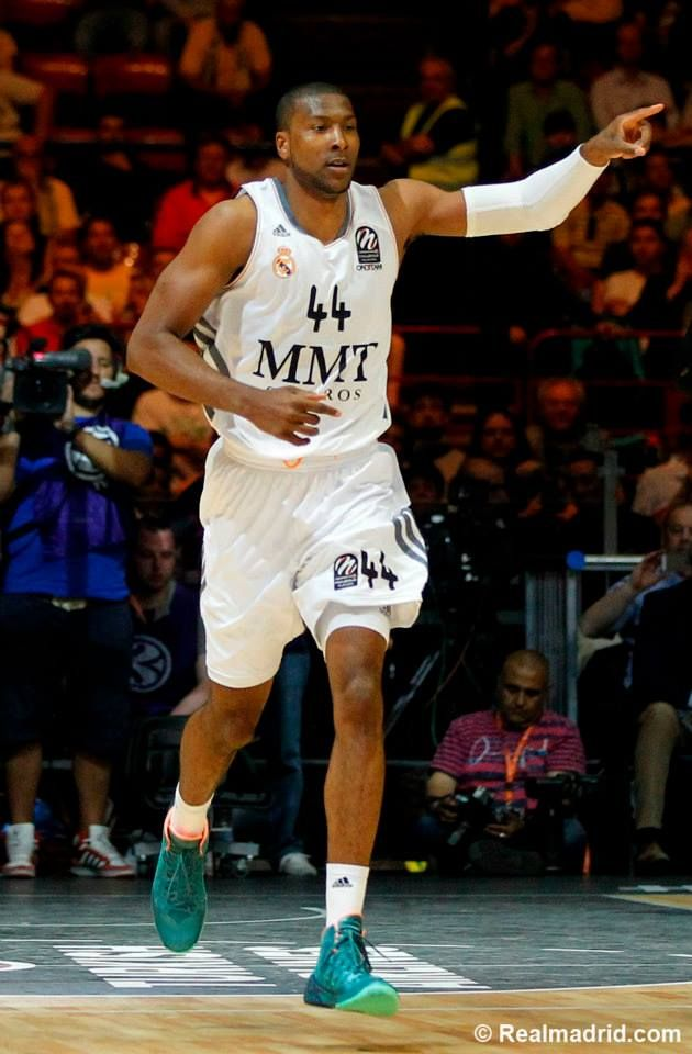 Marcus Slaughter, basketball player of Real Madrid Baloncesto was wearing NIKE HYPERDUNK 2013 (MINERAL TEAL/ATOMIC PINK) during Euroleague semifinal match against Barcelona Baloncesto 16.5.2014