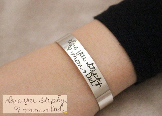 ♥ ENGRAVED HANDWRITING CUFF BRACELET ♥ The most unique jewelry you can find, perfect gift for you and your loved one ♥ ♥ Simply use the -ASK A QUESTION- or -CONTACT SHOP OWNER- button to send us a picture or scan of the Signature//Handwriting//Message before or after purchasing. ♥ Messages can be engraved on two sizes of the charm with an additional fee - $8 • If you want engraving on one side of the bar, choose ONE SIDED*. If you want engraving on both sides, choose DOUBLE SIDED*. Feel free…