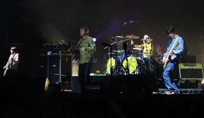 The Stone Roses live in Glasgow The Stone Roses are an English rock band, formed in Manchester in 1983. They were one of the pioneering groups of the Madchester movement that was active during the late 1980s and early 1990s. The... #Event #Music  #Tour #Backpackers #Tickets #Entertainment