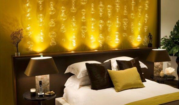 Дизайн спальни с симметрией