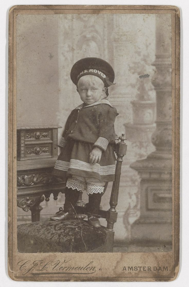Vincent Willem van Gogh as a child, wearing a sailor suit. Photo by Vermeulen, Amsterdam ca. 1893-94. Vincent Willem was a son of Theo van Gogh.