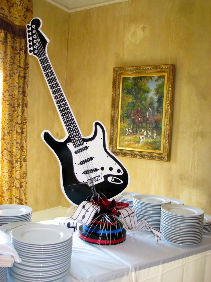 Rock n 39 roll buffet centerpiece fundraiser american bandstand pinterest dinner auction - Rock n roll dekoration ...