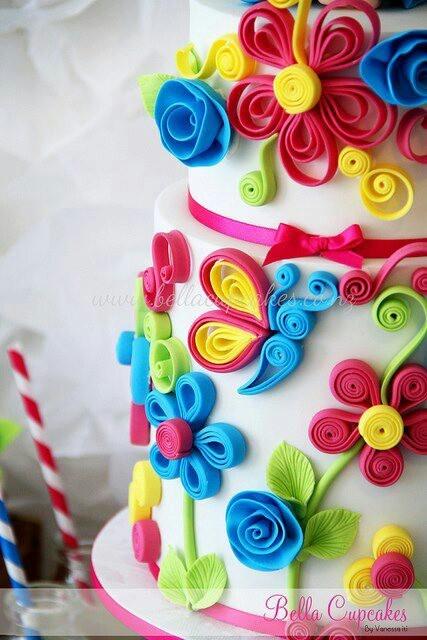 Cake art: quilling!
