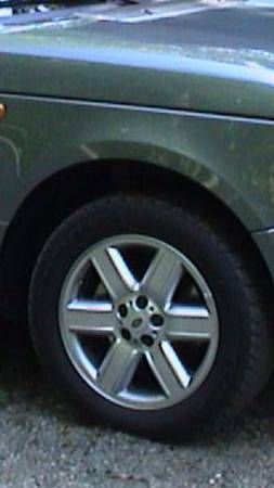2003 2004 2005 Range Rover rims and tires $600