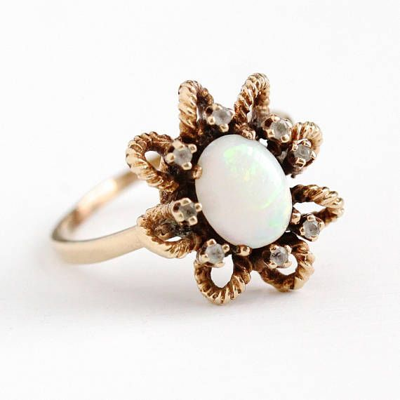 Sale Vintage Opal Ring 10k Yellow Gold Genuine Gem Etsy Opal Ring Vintage Opal Rings Retro Ring