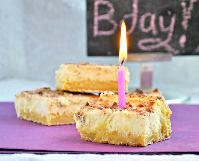 Pass the Plate: Crème Brûlée Cheesecake BarsCheesecake Squares, S'Mores Bar, Bar Mary, Cheesecake Barsoh, Brulee Cheesecake, Creme Brulee, Food Drinks Recipe, Brûlée Cheesecake
