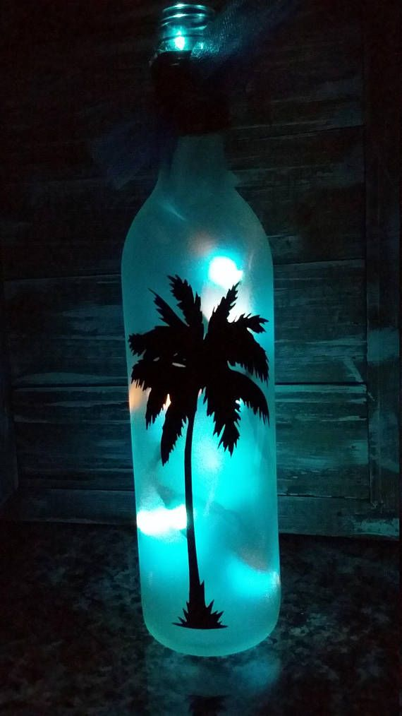 Beach Wine Bottle/Palm tree Lighted Wine